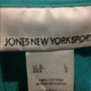 3/$20 /Jones NY turquoise Button long sleeve L